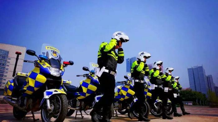 智正宣礼 有序畅行——柳州市公安局交通警察支队创建全国文明单位工作纪实